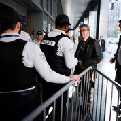 Perquisition à LFI : l'enquête sur le paiement des dommages et intérêts visant Mélenchon classée