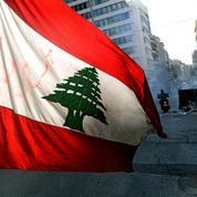 Face à la chute de la livre libanaise, la population manifeste sa colère