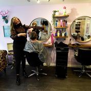 Poussée de fièvre chez les coiffeurs avec le risque d'un nouveau confinement en Île-de-France