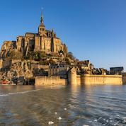 Le long de la côte jusqu'au Mont-Saint-Michel, où observer les grandes marées dans la Manche