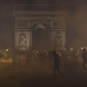 Procès du saccage de l'Arc de Triomphe: «c'était l'hystérie totale», racontent les prévenus