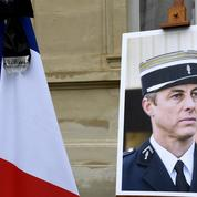 «Arnaud Beltrame porte en lui la symbolique de l'acte héroïque pur»