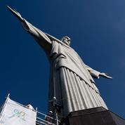 Les images vertigineuses du Christ rédempteur en chantier à Rio de Janeiro
