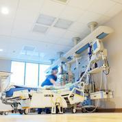 Covid-19 : en Île-de-France, des infirmiers formés en urgence à la réanimation