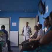 Gay, Noir, trans, en surpoids : quand le communautarisme gagne les cabinets médicaux
