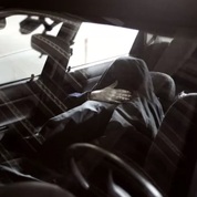 Positif au Covid-19, un enfant de 10 ans se retrouve confiné dans une voiture