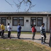 La Serbie vaccine les citoyens étrangers et les migrants