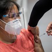 Philippines: 24 millions de personnes à Manille et ses environs confinées
