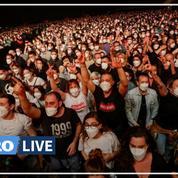 Entre grand spectacle et expérience clinique, un premier concert rock électrise Barcelone