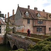 Les demeures historiques britanniques ébranlées par la crise sanitaire