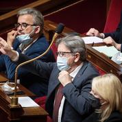 Jean-Luc Mélenchon estime que «les chefs» du PS «préparent leur ralliement à Macron»