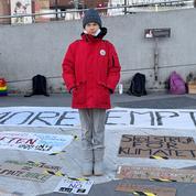 Une statue de Greta Thunberg crée des remous dans une université britannique