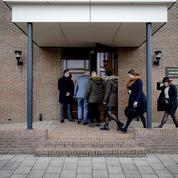 Pays-Bas: enquête ouverte après une explosion dans une église qui avait défié les restrictions anti-Covid