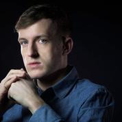 Édouard Louis: «Je vivais dans un monde qui rejetait violemment l'homosexualité»