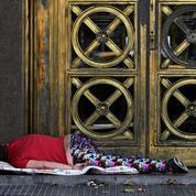 Le nombre de sans-abri à Paris en nette baisse, selon la mairie