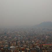 Le Népal connaît ses feux de forêt les plus violents de la décennie