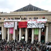 Les grandes villes somment Emmanuel Macron de préciser son projet pour la culture