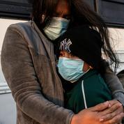États-Unis : 172.000 arrestations de migrants en mars à la frontière sud, plus haut niveau depuis 15 ans