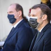 La confiance en Macron en légère baisse, plus forte pour Castex