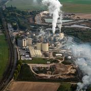 France: la production industrielle chute de 4,7% sur un mois en février