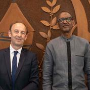 Génocide: l'historien français Duclert remet son rapport à Paul Kagame