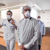 Covid-19 : nouvelle hausse en réanimation, mais baisse des vaccinations