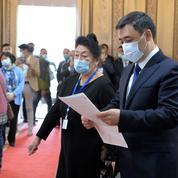 Kirghizstan : un référendum étend les pouvoirs du président
