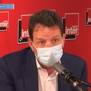 «Mieux vaut rouvrir avec des contraintes sanitaires que ne pas rouvrir du tout», plaide le Medef
