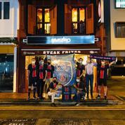 PSG-Bayern : à 10.000 kilomètres du Parc des Princes, plongée avec les fans parisiens de Singapour