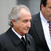 Des grandes fortunes aux petits épargnants, qui sont les victimes de Bernard Madoff ?
