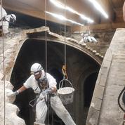 Depuis deux ans, le travail acharné des tailleurs de pierres au chevet de Notre-Dame