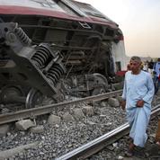 Égypte: 11 morts, près de 100 blessés dans un accident de train