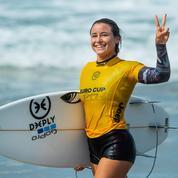 Candidate pour être porte-drapeau, Johanne Defay le fait par amour des Jeux et du surf