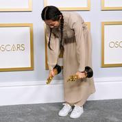 Pourquoi la Chine censure la réalisatrice Chloé Zhao après son triomphe aux Oscars