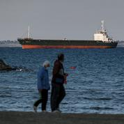 «Parias des Caraïbes» : en mer, l'angoissante recrudescence des clusters flottants