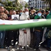 Algérie : la police empêche la marche des étudiants à Alger