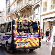 Alpes-Maritimes : un policier touché à la tête par un jet de pierre lors d'un contrôle à Nice