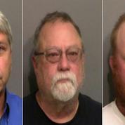 États-Unis: la justice fédérale poursuit trois hommes pour crime raciste dans la mort d'un joggeur noir