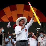 Présidentielle au Pérou: le favori du second tour suspend sa campagne pour raisons de santé