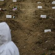Covid-19 : un peu partout dans le monde, les cimetières commencent à manquer de place