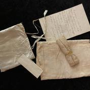 Carton plein pour la vente du bicentenaire Napoléon à Fontainebleau