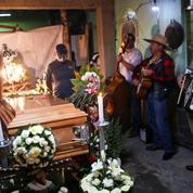 Accident du métro de Mexico : les proches réclament justice