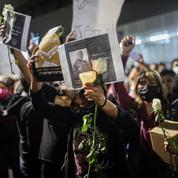 Accident du métro de Mexico : des centaines de manifestants réclament justice