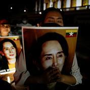 Birmanie : Aung San Suu Kyi devant le tribunal le 24 mai