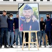 Policier tué à Avignon: un dernier hommage à Éric Masson