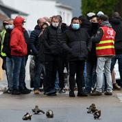 Des grévistes de la Fonderie de Bretagne ont bloqué la voie ferrée à Lorient