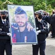 Meurtre d'Éric Masson: Gérald Darmanin ira saluer les policiers qui manifesteront devant l'Assemblée mercredi