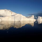 Découvrez le plus gros iceberg du monde