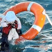 Ceuta : vive émotion après la diffusion de la photo d'un bébé sauvé de la noyade par un membre de la garde civile espagnole