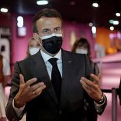Livres: Macron veut le même prix partout, frais de port inclus